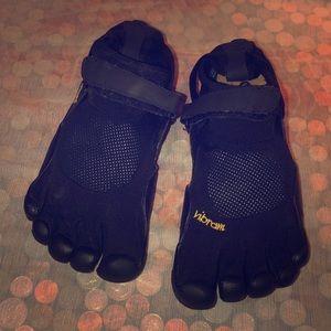 Vibram Fivefingers Black Barefoot Running Shoes